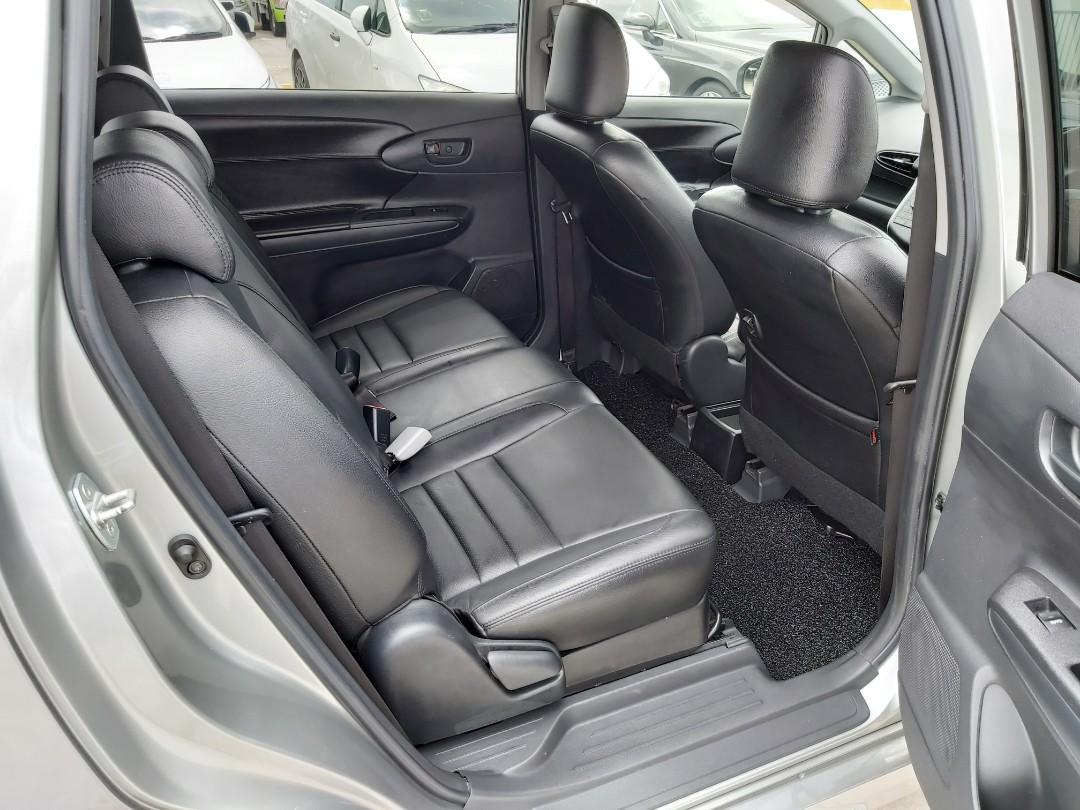 Toyota Wish 1.8A 7 seater MPV for rental lease long short term