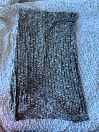 Grey textured skirt (size M)