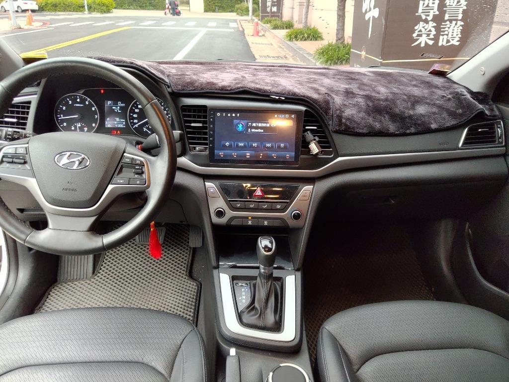 冠軍車庫【專業認證】現代 2018款 ELANTRA 白色 1.6L