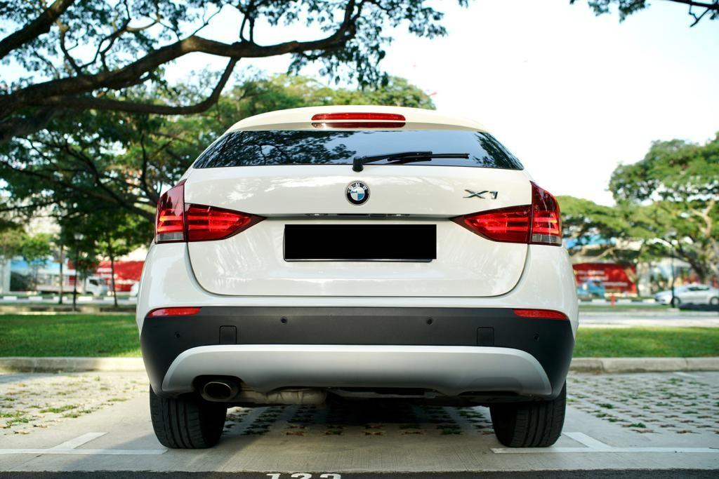 BMW X1 sDrive18i Sunroof Auto