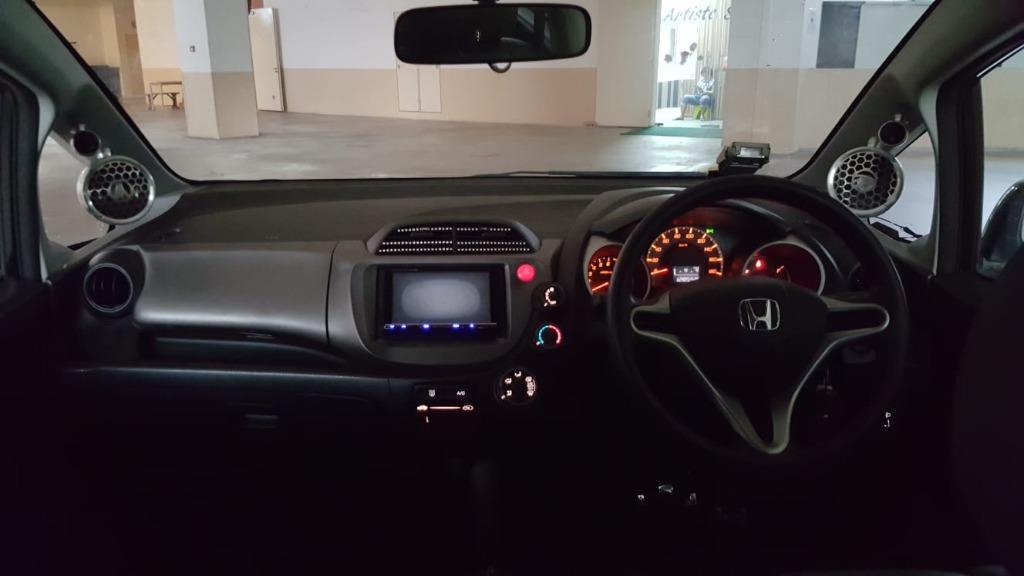 Car Rental Honda Fit Fri-Mon Weekend Package 3-6 April (Woodlands 11)