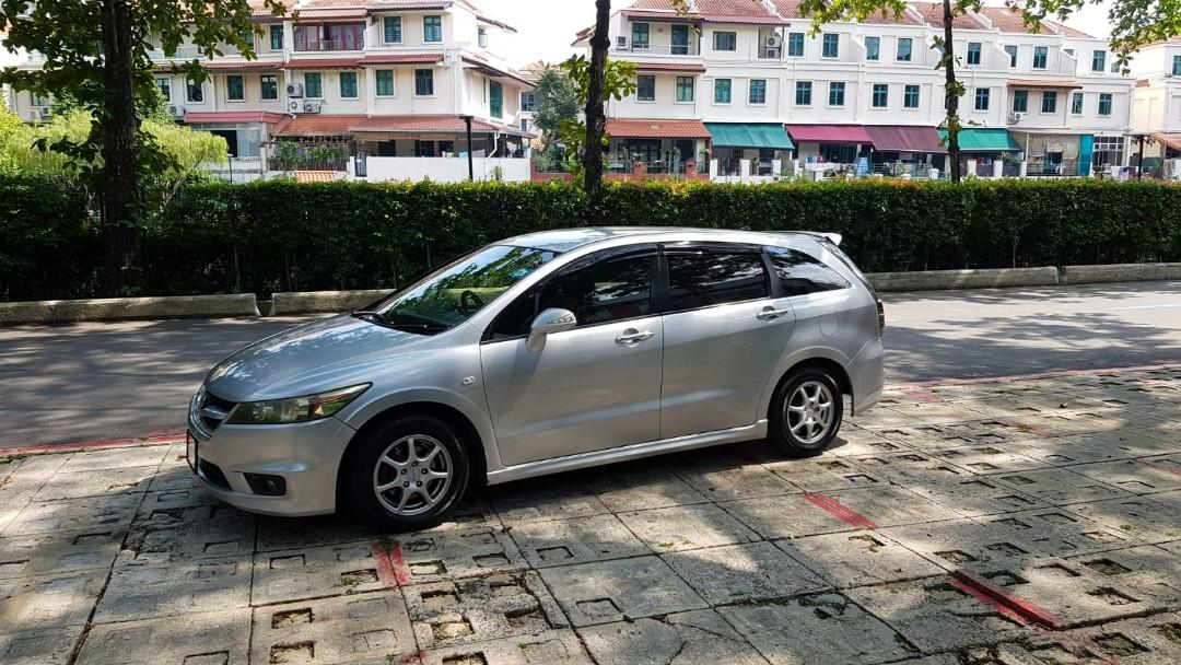 Honda stream for rent PHV ready