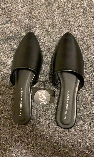 Sirens Faux Leather Pointy Toe Leather Slides