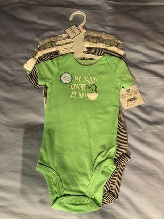 BNWT Pack of 5 rompers Carter's