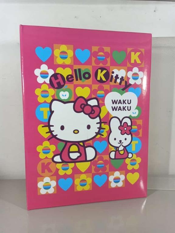 Hello Kitty Sanrio Waku waku 3r and 4r photo album fits 300 photos