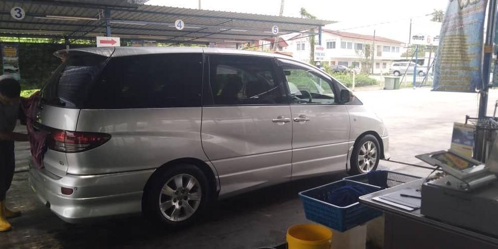 toyota estima (SG CAR COMPLETE MALAYSIA MALAYDIA DOCUMENT HALAL DI ATAS JALAN RAYA MALAYSIA)