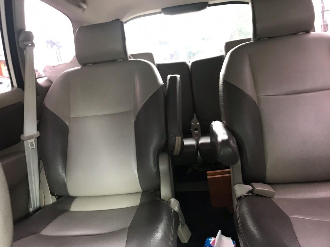 Toyota innova type V Matic captain seat. 2013 diesel