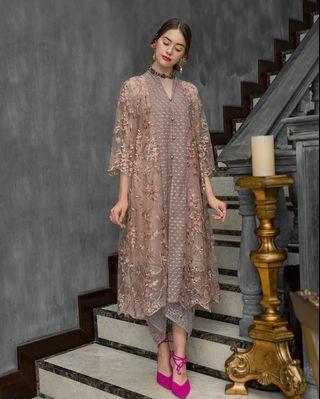 Sewa: MYVB Atelier - Reené Embroidered Tunic