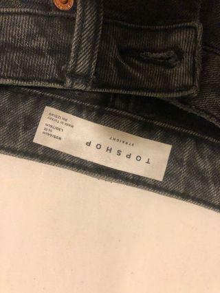 TOPSHOP STRAIGHT MOM JEANS