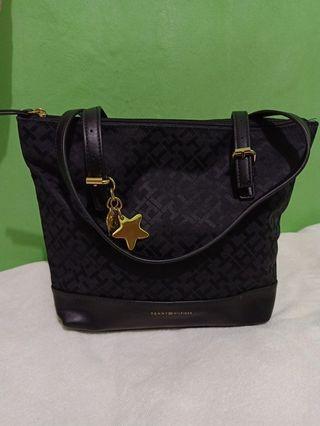Tommy Hilfiger Monogram Fabric Handbag/ Shoulder Bag..
