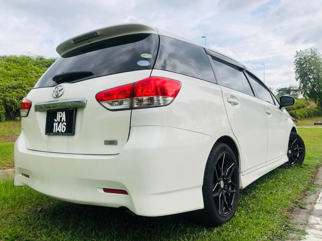2009/12 Toyota WISH 1.8 G FACELIFT (A) B/L LOAN KEDAI DP 2-3K