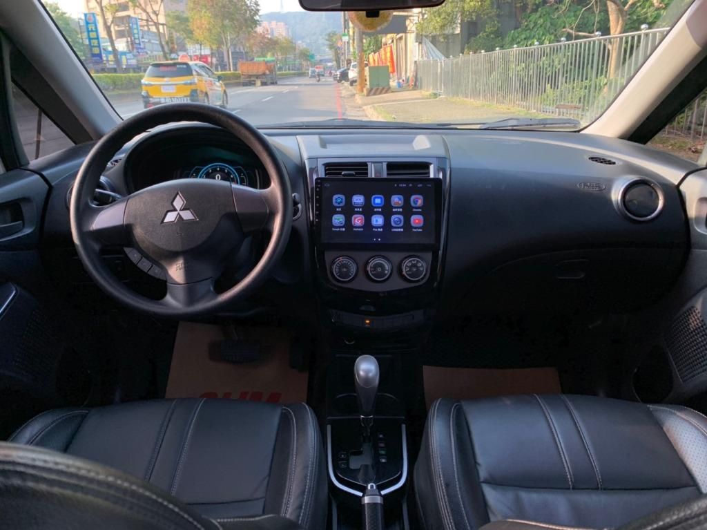 正2017年 最新款 Mitsubishi Coltplus 1.5 頂級 免鑰匙 星燦白