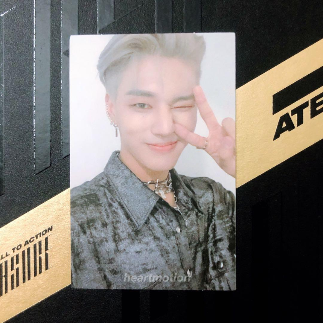 ATEEZ - Album Vol.1 [TREASURE EP.FIN : All To Action] Official Photocard