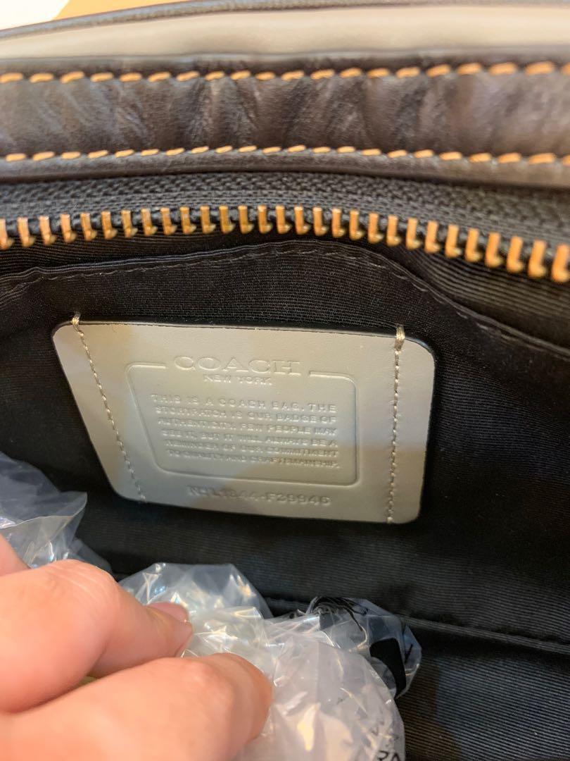 Authentic coach 39946 men sling crossbody bag in grey