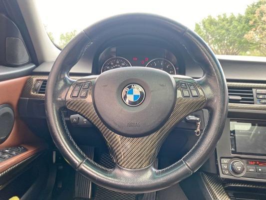 2006年 BMW 330i 只要二手國產車的預算就可以圓BMW的夢❗️