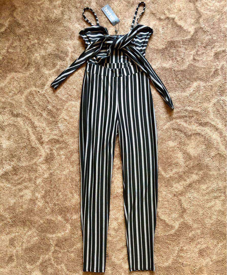 Boohoo Tia Striped Tie Front Skinny Leg Jumpsuit Black and White Size 8 S