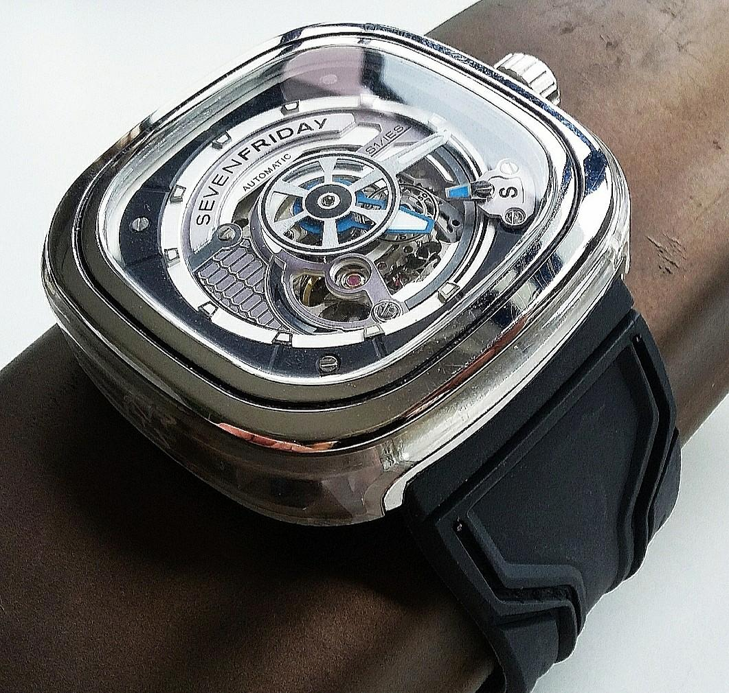 28mm BLACK KUKA STYLE RUBBER STRAP WITH STEEL BUCKLE FOR SEVENFRIDAY (PRICE INCLUDES FITMENT)