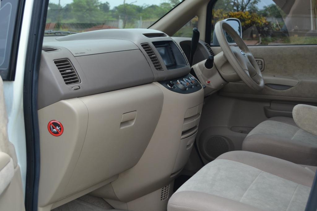 Nissan Serena CT 2011 Istimewa Seperti Baru (Tdp 10Jt)