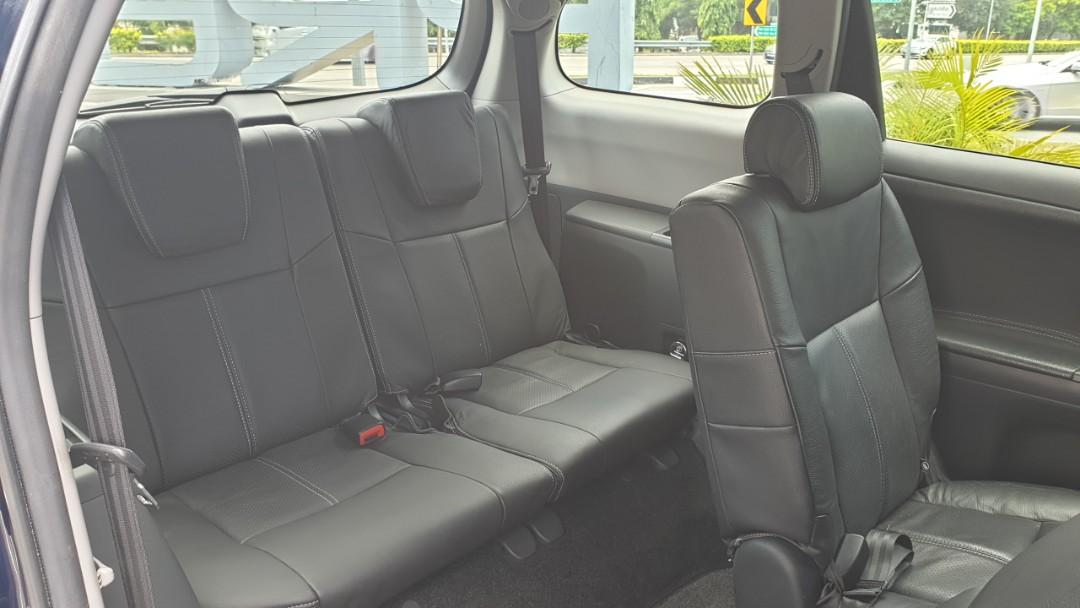 Toyota Wish 2.0 Deluxe (A)