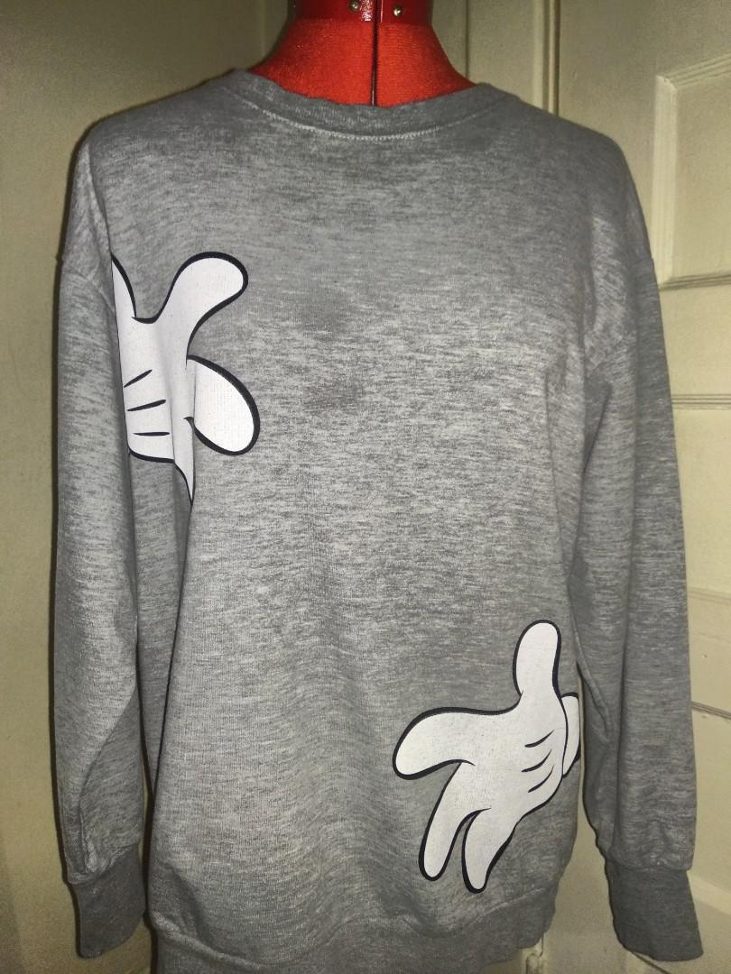 Zara trafaluc x disney mickey mouse hug me sweater small