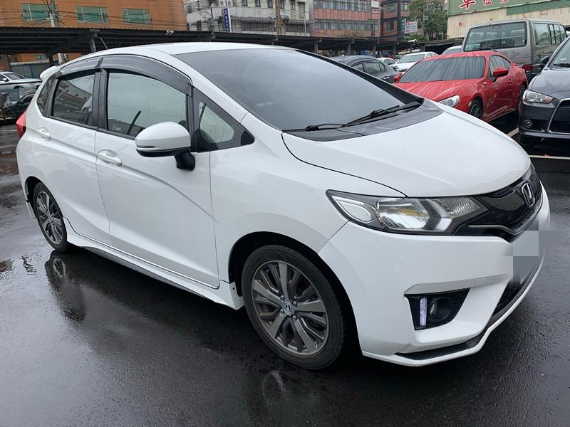 2015     FIT  S  頂級   白