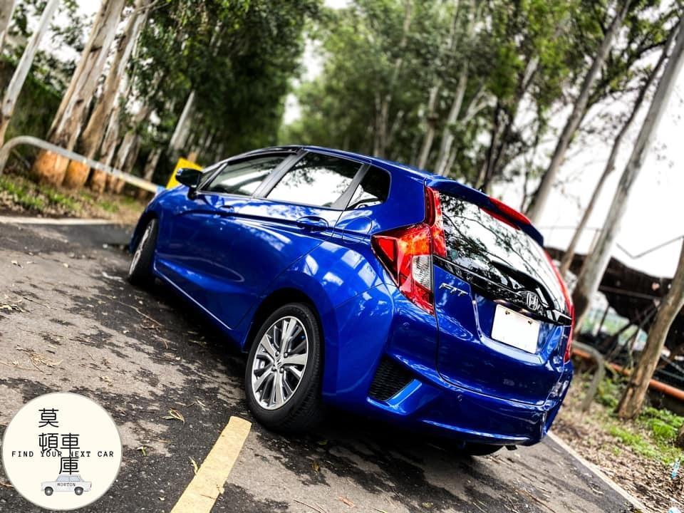2016年 Honda Fit 1.5 原廠保養 實車在庫 藍色還不是你最愛的顏色嗎?