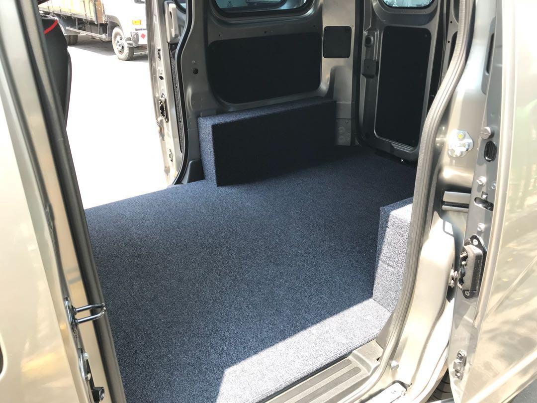 AFFORDABLE NISSAN NV200 1.5M VAN FOR LONG TERM RENTAL!  6 MONTHS CONTRACT $1,250 MONTHLY!!