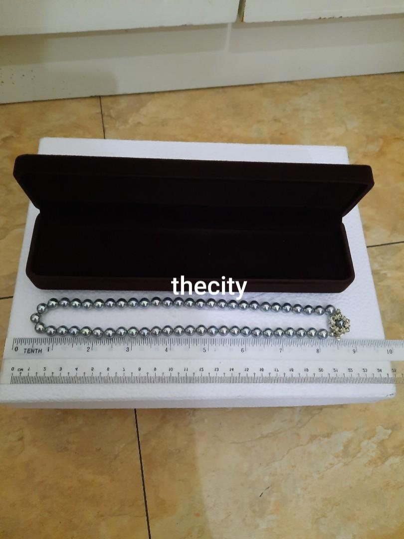 LIKE NEW ! , EXCELLENT CONDITION - JAPANESE GREY AKOYA PEARL NECKLACE & EARRING SET - GREY COLOR PEARLS - WITH BOX - (BOUGHT AROUND RM 4000+)