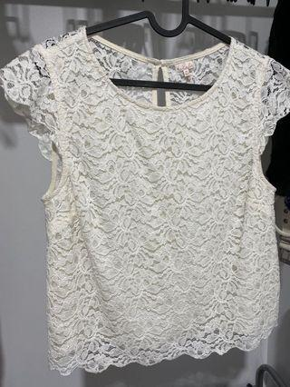Aritzia Talula lace top