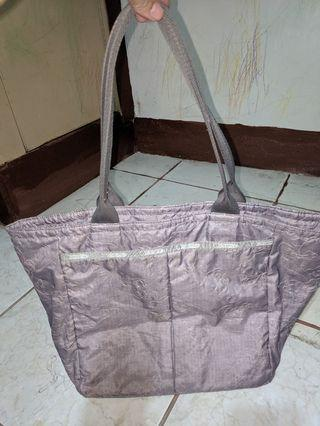 Lesportsac tote bag with pouch