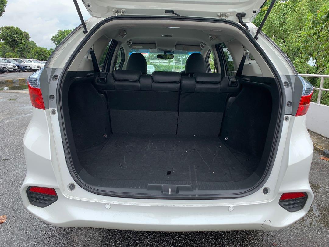 Honda Shuttle Hybrid For Rental