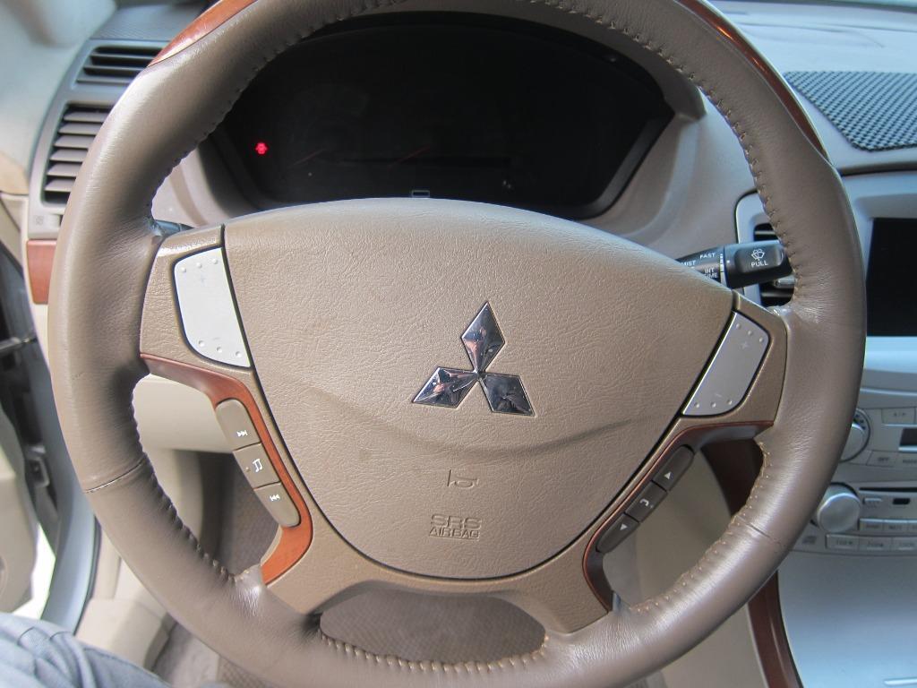 2004年~三菱~庫蘭德~2.4CC
