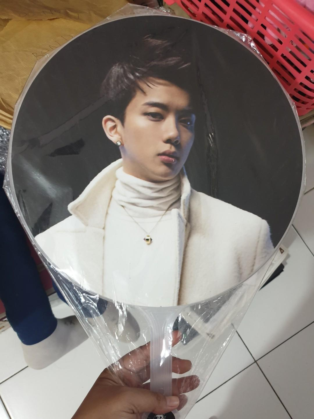 B.A.P Official LOE 2014 concert goods _ fan uchiwa - Youngjae