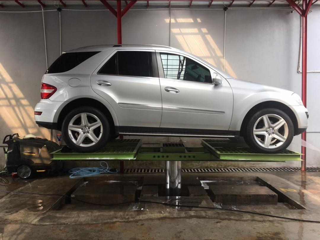 for SALE tahun.2009 Mercedes-Benz MERCY ML350 Grand EDITION AT.Power Back DOOR.Sunroof.VELG Ori AMG R-20.Unit TERAWAT.Kondisi PRIMA.Nopol B-Dki(GENAPA)