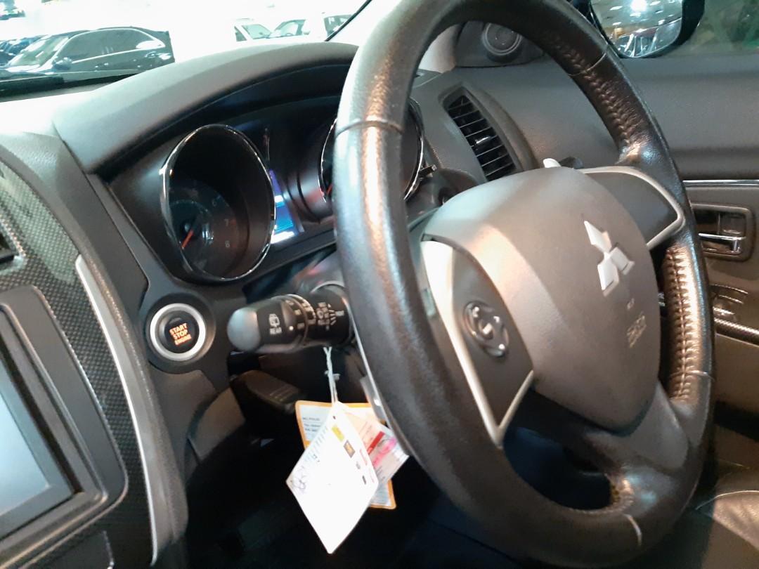 for SALE tahun 2016.Mitsubishi OUTLANDER 2.0L PX Automatic.KEYLESS.Panoramik.km 45.xxx.Unit TERAWAT.Nopol B-Dki(GENAP).DiJUAL cash/credit/bisa tukar tambah dengan Unit Mobil Lain
