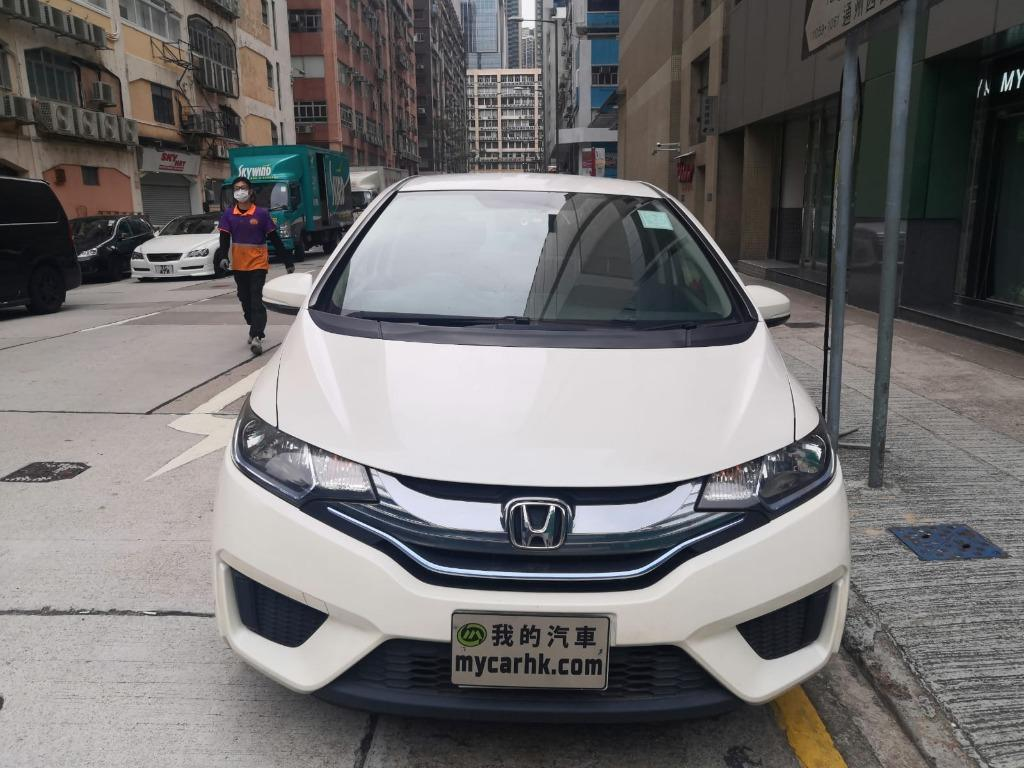 Honda Fit hybrid gp5 Auto