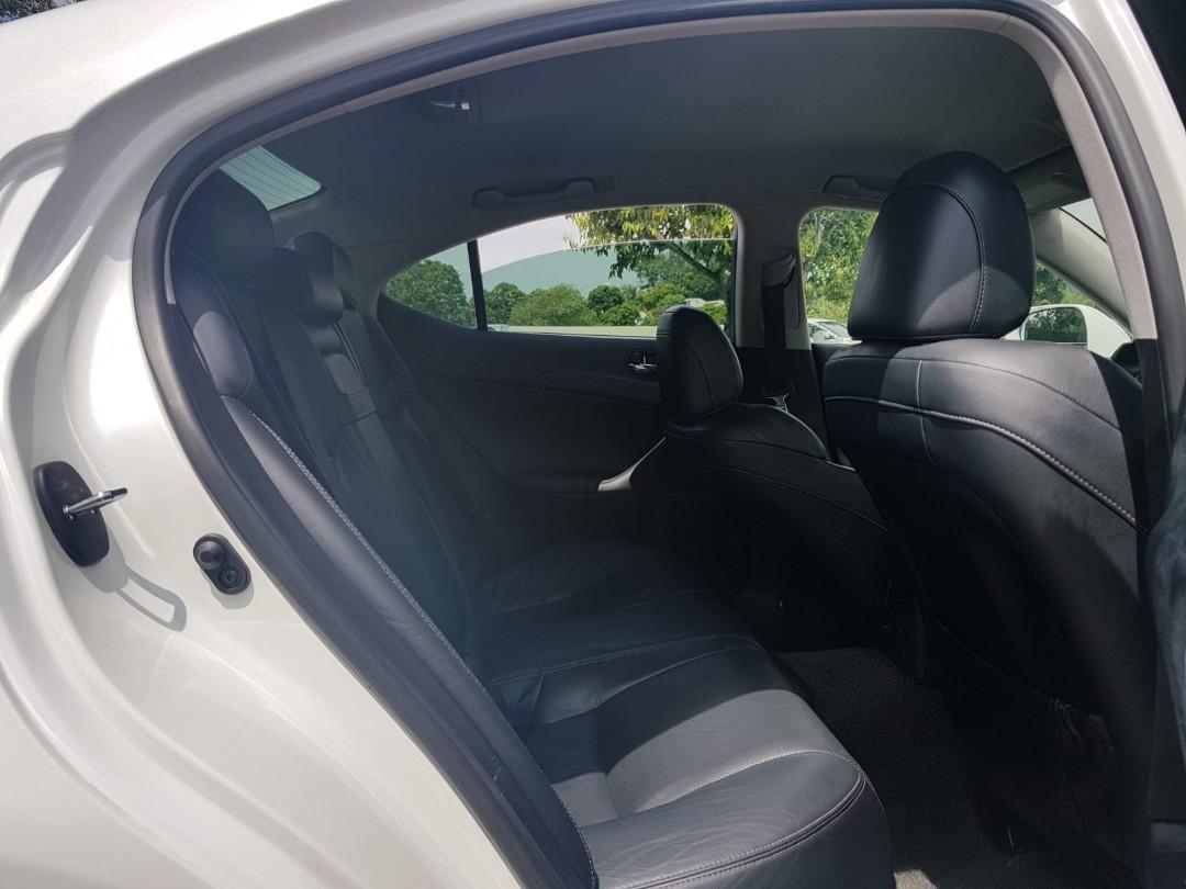 Lexus IS250 STD FL Auto
