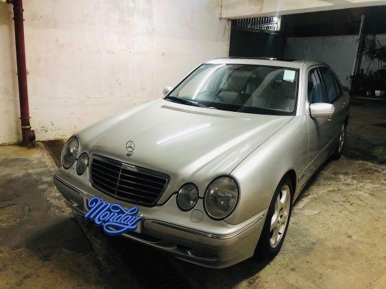 Mercedes-Benz E240 (A)