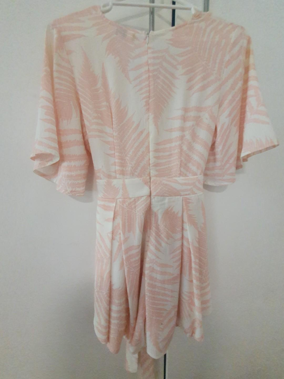 V neckline, peach & floral jumpsuit with tie-back bow