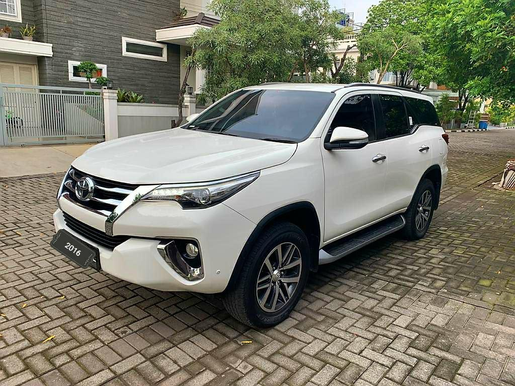 Toyota Fortuner VRZ 2.4 AT 4x2 diesel 2016 Angs 3.5 jt only