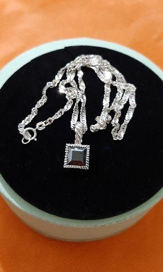 Italy Silver with Garnet Pendant (preorder)