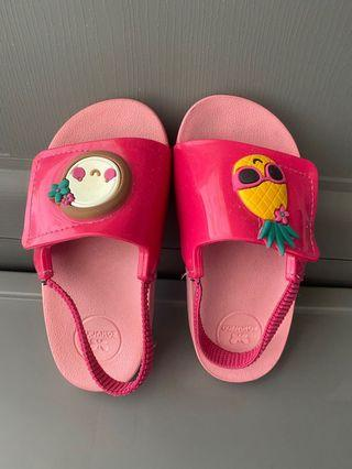 Zaxy sandals (repriced)