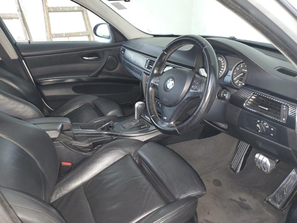 BMW 335i Sedan (A)