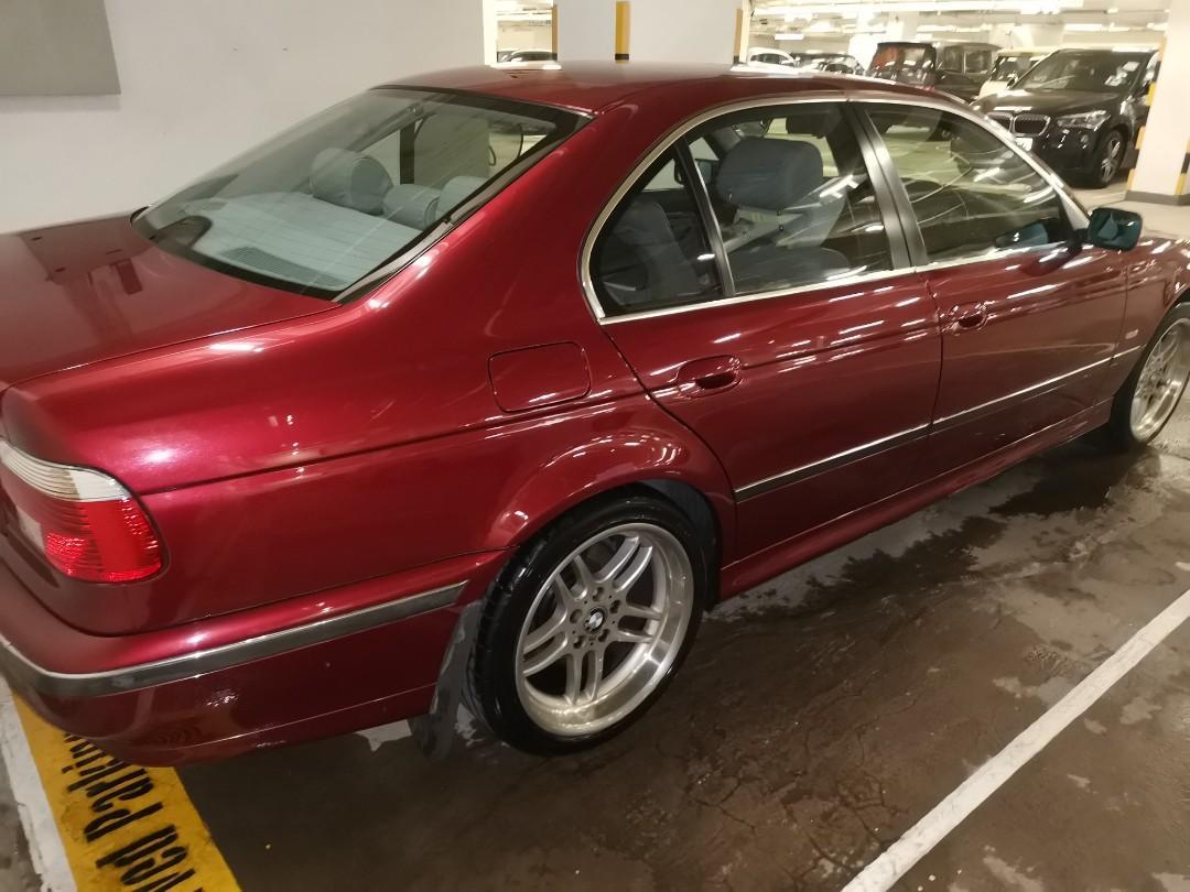 BMW 523i E39 Auto