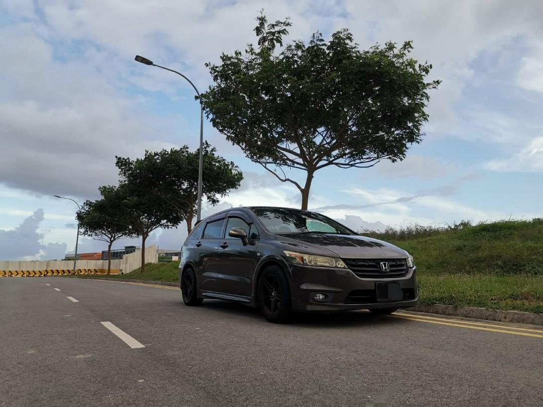 Honda stream 1.8A Car Rental/Leasing / grab / go-jek / tada / ryde /personal use / commercial use