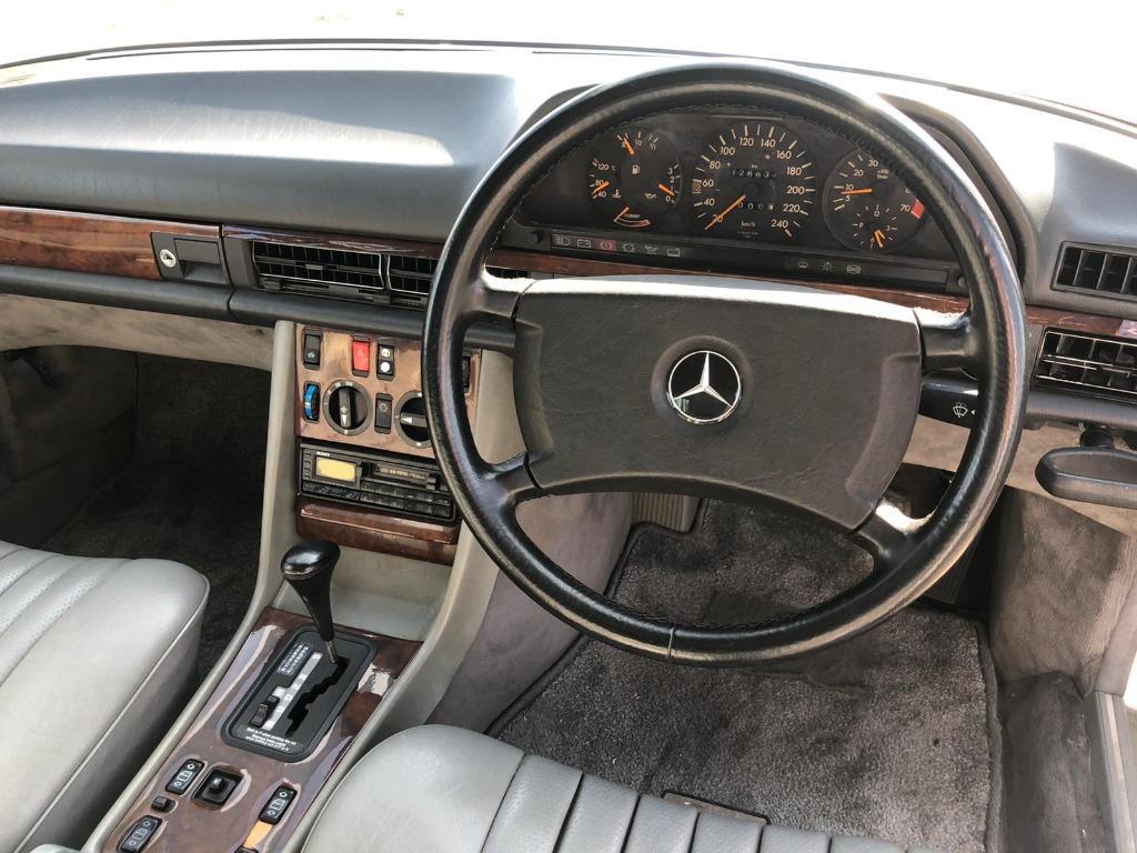 Mercedes-Benz S-Class 300SE Auto