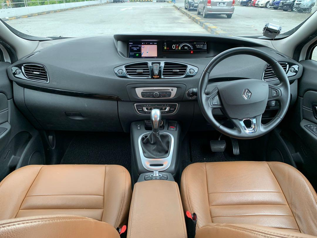 Renault Grand Scenic 1.5 dCi (A)