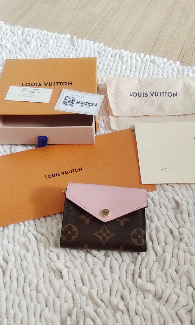 💖💯AUTHENTIC SALE ORIGINAL PRICE RM1950 LV ZOE COMPACT WALLET SMALL M62933  ZOÉ WALLET LOUIS VUITTON TRIFOLD ROSE BALLERINE Pink #EarnXtra