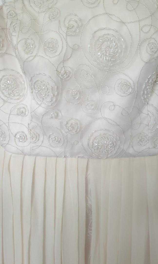 Forever new dress cream dress size 14 beaded.  Hi lo dress