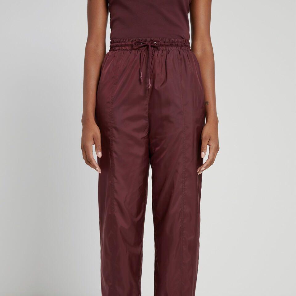 Frank and Oak x Sarah-Jeanne Labrosse La coupe: Baggy High-Waisted Track Pants in Maroon